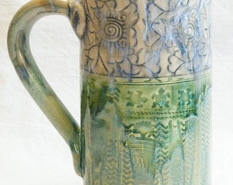 ceramic BLUE flower coffee mug 20oz stoneware 20B060