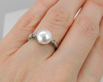 Diamond and Pearl Engagement Ring Promise Ring White Gold Size 6.75