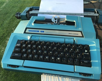 Smith Corona Coronamatic electric typewriter///1978