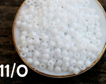 White Seed beads, Toho, size 11/0, Opaque white color, N 41, rocailles, glass beads - 10g - S139