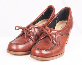 Vintage Brown Leather Oxford Heels / Size 6