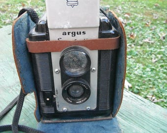 Vintage Argus Seventy-Five Camera With Leather Case