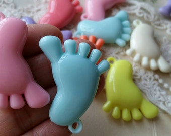 31 x 38 mm Little Baby Feet Shape Resin Acrylic Beads of Assorted Colors (.sgg)