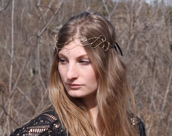 Wire forehead circlet with ribbon tie
