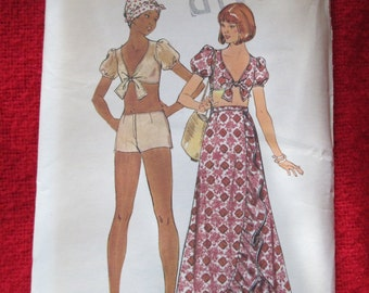 1970's Ladies Butterick Pattern Top, SHORTS and SKIRT