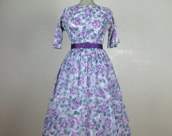 25% Off Summer Sale.... Vintage 1950s Chiffon Dress 50s Purple Floral Rose Print Dress with Purple Satin Belt Size 6/M