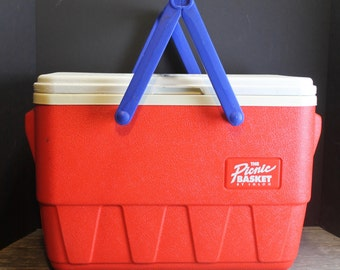 Vintage 1980s Red Igloo Picnic Basket Cooler // With Handles // Vintage Ice Chest