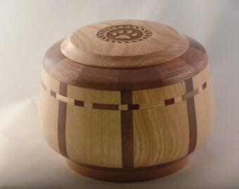 Red Oak/Walnut Pet Urn # R775-80