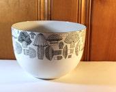 SUMMER SWOON CLEARANCE Fabulous Large Vintage Finel Arabia Enamel Mushroom Bowl Mid Mod Kitchenalia Scandi Finland
