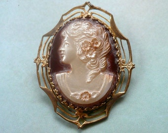 Vintage Cameo Brooch - 1920s Celluloid Mother of Pearl Finish Cameo Pin - Brass Brooch - Victorian Style
