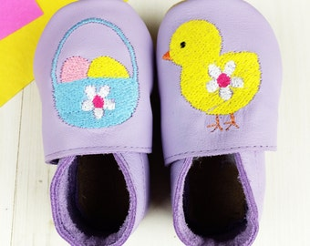 Easter Baby Shoes – personalised shoes for new baby – New Baby Easter Gift – new baby gift –  Personalized Easter Chick Baby Shoes