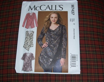 McCalls 7437...Misses' Casual Tunic Style Top Pattern..Loose Fitting Pullover Top ....New for Fall 2016...Very Feminine Look....