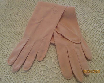 Pink Embroidered Dress Gloves - 1960's
