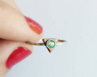 FALL SALE sterling silver triangle ring with teal opal, hammered ring, geometric ring, arrow ring, triangle jewelry