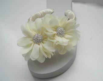 Flip Flops Bridal Wedding Ivory with Ivory Chiffon Flowers and Rhinestone Accent Wedding Bridal Flip flops