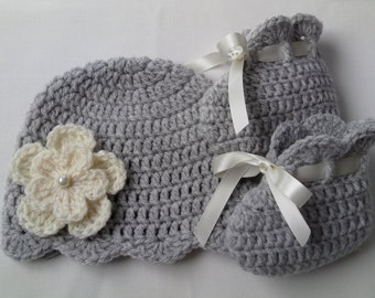 Crochet Baby Hat and  Booties Set gift christening baptism baby shower photo prop
