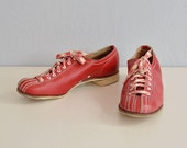 Vintage 50s Bowling Shoes / 1950s Womens Red Leather Sport Lace Up Oxford / Size 9 Narrow