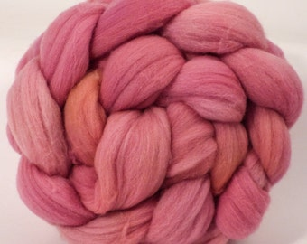 Hand dyed Targhee top - Cochineal and Brazilwood - 4.7 oz.