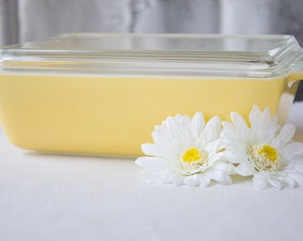 Yellow Pyrex Town and Country Refrigortar Dish #503 with Lid