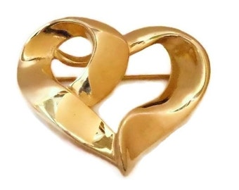 Gold heart brooch, gold tone, open heart pin,  wavy dimensional, ribbon heart, figural brooch, shiny gold