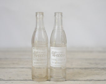 2 ACL Wieco Carbonated Beverages 7.5oz Soda Bottles Wiesmann Marion, Wisconsin