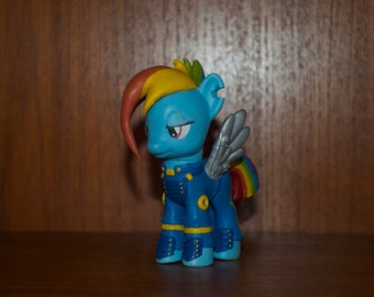 Rainbow Dash crystal wars alt time line.