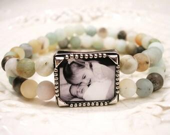 Custom Photo bracelet, Picture Bracelet, Gift for Grandmom, Natural Stone bracelet, Pet Memory bracelet, Photo Charm bracelet, Mom Gift