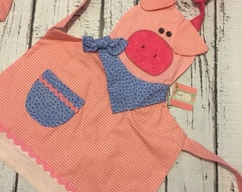 Curly the pig apron