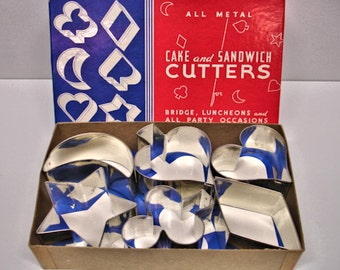 Vintage All Metal Cake And Sandwich Cutters In Original Box Mint Never used 1950s 1960s