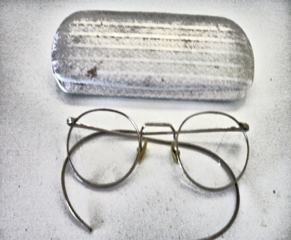 vintage eye glasses wire frame silver tone ful view 10 12kgf