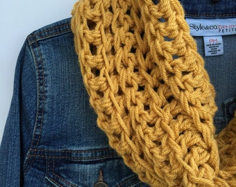 Crochet Cowl, Neck Warmer, Crochet Scarf, Mustard Scarf, Mustard Cowl, Cowl Scarf, Crochet Accessory, Winter Scarf, Christmas Gift for Her