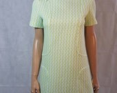 60s/70s Vintage Lime Green Textured Mod Scooter/Shift Dress.