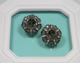 Jonne Vintage Clip On Earrings, Elegant, Classic Vintage