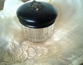 Trinket box or pill box / jar