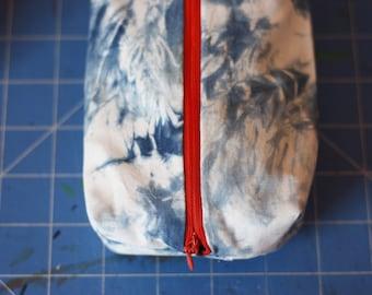 Shibori Indigo-dyed Purse - hand dyed, blue, pattern