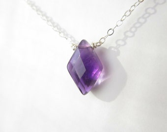 Purple Amethyst Necklace-Gemstone Diamond Shape-Sterling Silver Simple Neckace