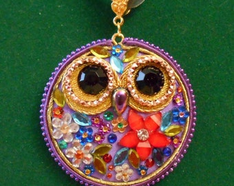 OWL NECKLACE-lilac with floral decoration - cm. 4.5.
