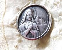 French Saint Therese / Theresa vintage lapel pin medallion  portrait silver carmelite nun catholic saint cathedrale de Lisieux