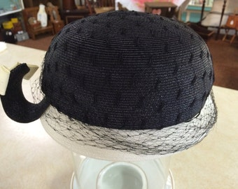 Black and White Straw Womens Hat with Curly Bow