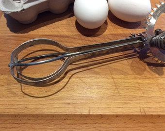 Vintage Egg Beater / Hand Mixer with Green Handle