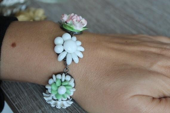 Pretty in White, Bracelet Gardenia Blooms, vintage cluster earrings, bridesmaid gift, vintage assemblage, repurposed, OOAK