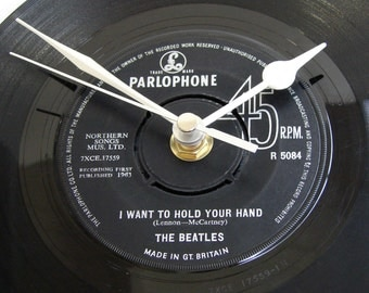 "The BEATLES ""I Wanna Hold Your Hand"", Vinyl Record CLOCK, a recycled 7"" record, retro gift for man, women, engagement, wedding anniversary"