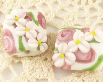 White and Pink Flower Floral Lampwork Glass Beads, Puffed Rectangle (2)