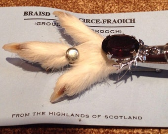 Vintage Scottish Grouse Clam Brooch