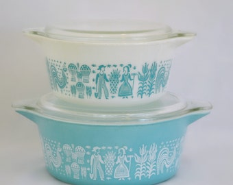 Pyrex Butterprint Cinderella Cook to Serve Covered Casserole Dishes with Clear Glass Lids - Set of 2 - 472 and 473