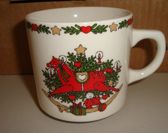 Set of 8 Vintage Christmas Mugs, EX condition, in original box O Christmas Tree Dated 1987