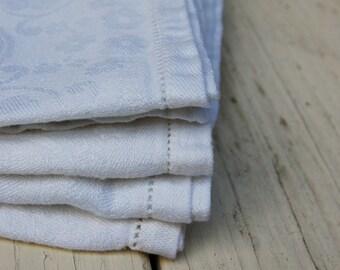 White linen napkins. set of four cloth napkins. 4 brocaide napkins. Table linens. Minimalist white napkins