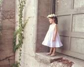 Flower Girl dress, Rustic Flower girl Dress, Boho Flower Girl Dress, White Flower girl dresses, Simple Flowergirl Dress, Flowergirl dress