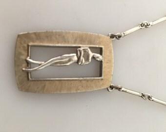 NUDE Pendant, 70s Vintage Pendant, Naked Man Pendant Necklace, Artistic Nude Pendant, 70s Vintage Necklace, Pendant Necklace, Link Chain