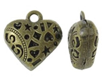 4pc 20mm antique bronze finish  hollow heart pendants-8548s